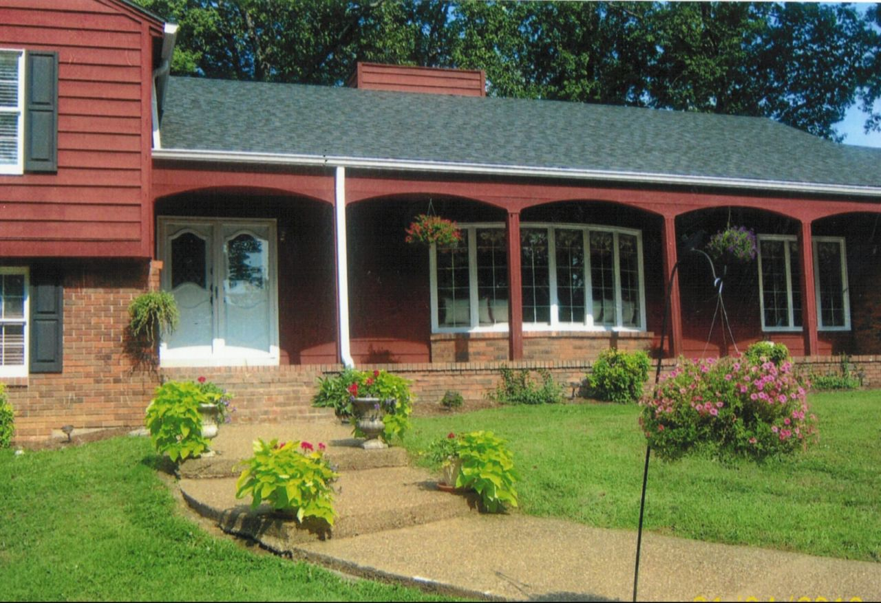 Ham Friendly Home in Leitchfield, Kentucky For Sale