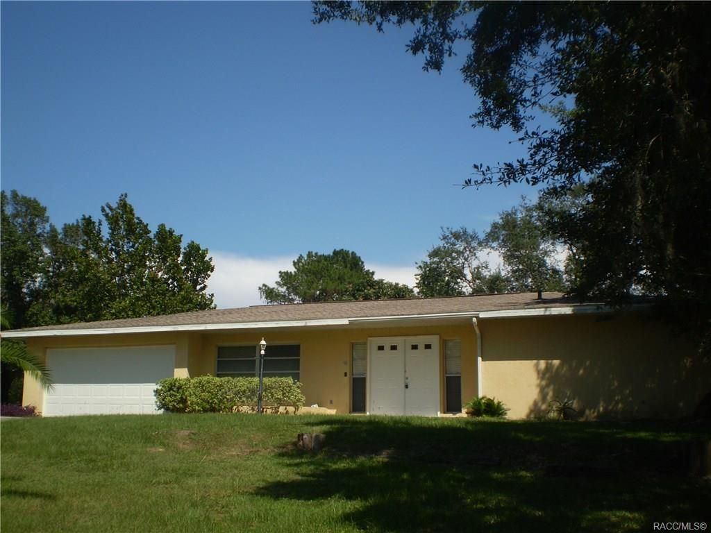 Ham Friendly Home in Vero Beach, Florida For Sale